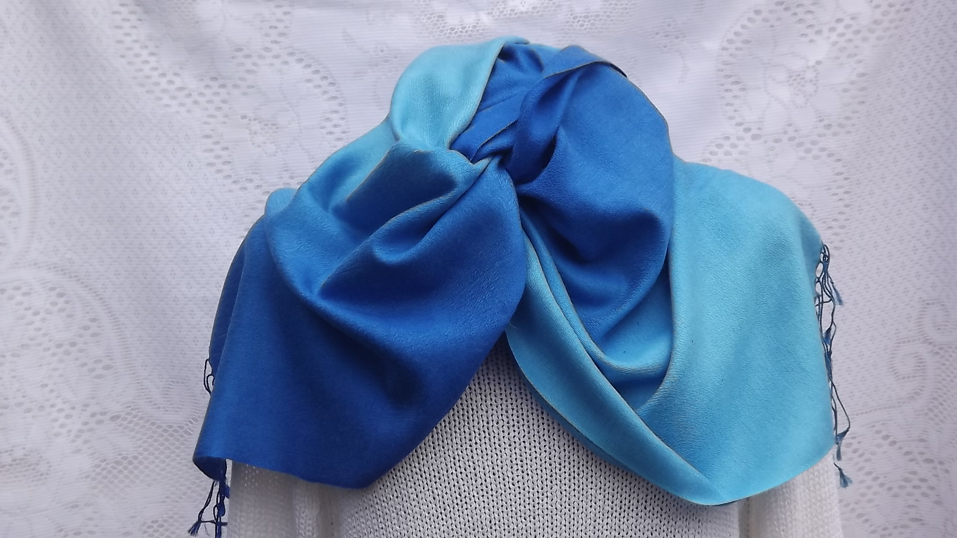 Blue cashmere wedding pashmina scarves, Blue cashmere pashmina scarves, Blue cashmere pashmina wraps, Blue cashmere pashmina stoles, Blue cashmere pashmina shawls, perfect Blue cashmere pashmina, blue pashmina scarves, pashmina wraps, pashmina stoles, pashmina shawls, perfect pashmina